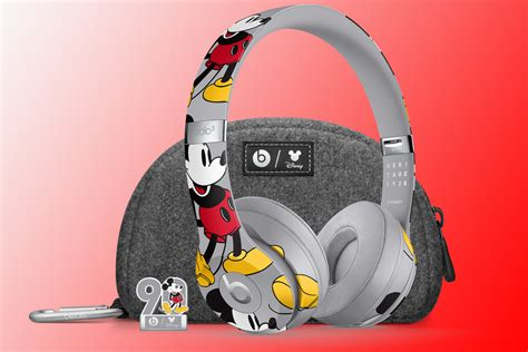 Mickey Mouse Beats Solo3 could be coolest headphones ever