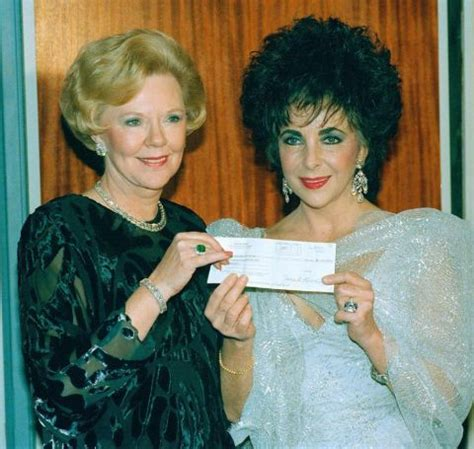 What's the Net Worth of Joan Kroc? - Wikiodin