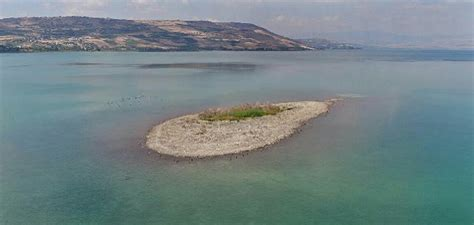 Island emerges from Sea of Galilee – called messianic sign