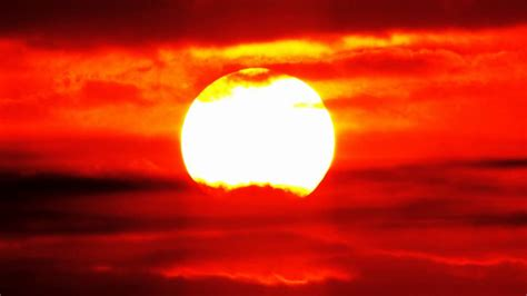 Sky Time Lapse HD - Red Hot African Sunrise Time Lapse in