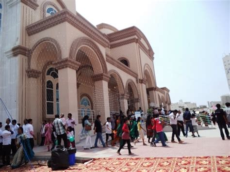 Thousands Pack into New Catholic Church in United Arab