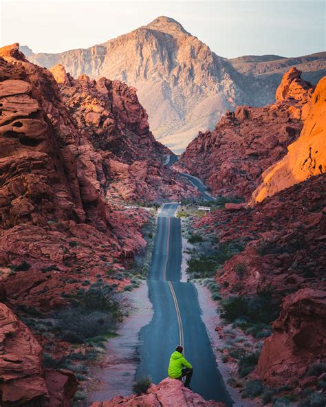 Exploring the Valley of Fire State Park for Sunrise