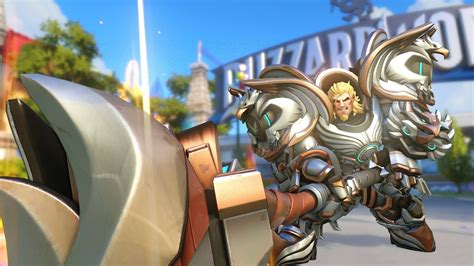 Reinhardt's text chat gets hilarious twist for Overwatch