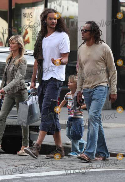 Photos and Pictures - Yannick Noah family1768