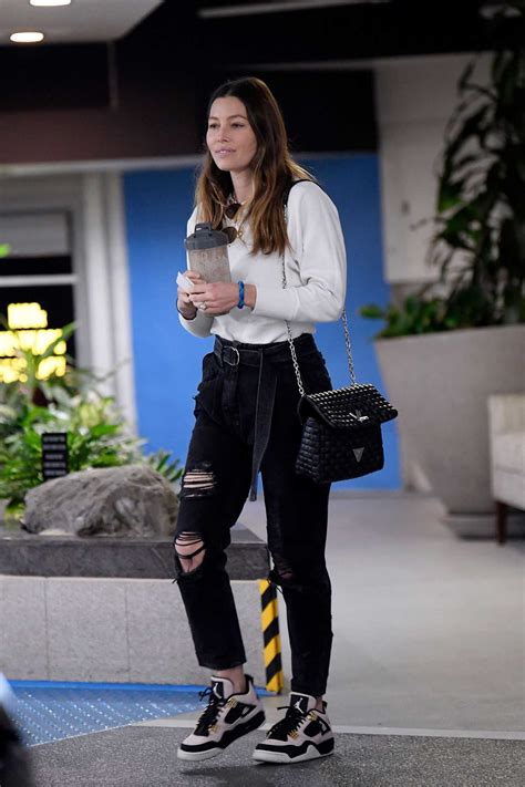 Jessica Biel in a Black Ripped Jeans Was Seen Out in Los