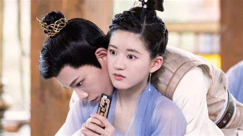 """""""The Romance of Tiger and Rose"""" - Gender-Reversing Drama"""