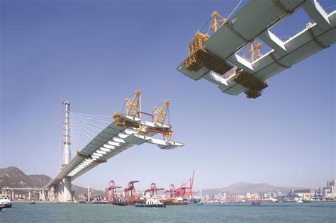 Building bridges within the construction industry
